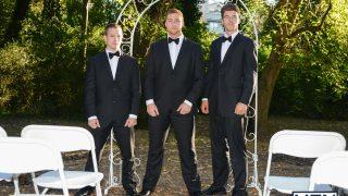 Les témoins du marié dans un trio gay hardcore
