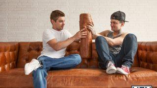Jake Bass et Johnny Rapid le duo choc des minets les plus sexe